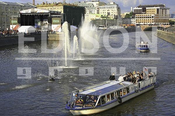 Концерт на Болотной площади в честь Дня Города