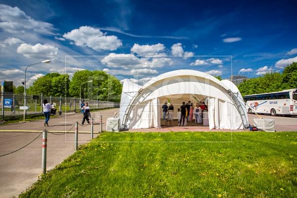 Арочный шатер на выставке EVENT revolution — фото