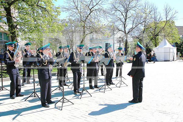 """Патриотическое шествие """"Москва помнит"""": 9 мая 2014"""