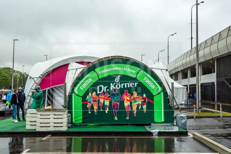 Арочные шатры от EDISON group на Москвовском Полумарафоне — 2018