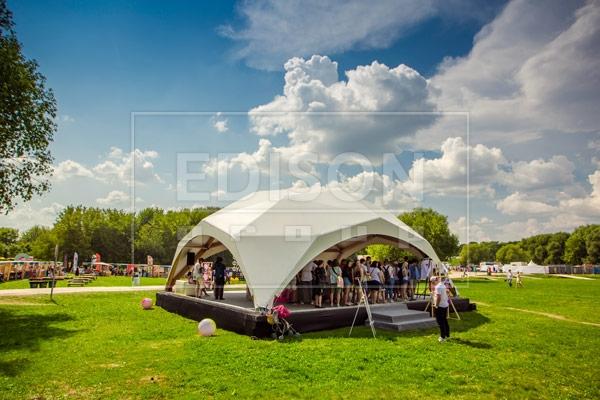 Шатры EDISON group на ФестивалеПикник «Афиши» 4 августа 201